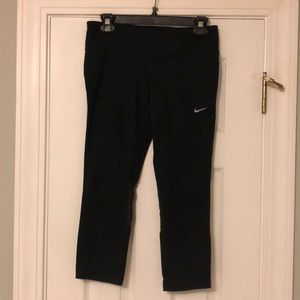 Nike Leggings 3/4 Length Medium Mesh